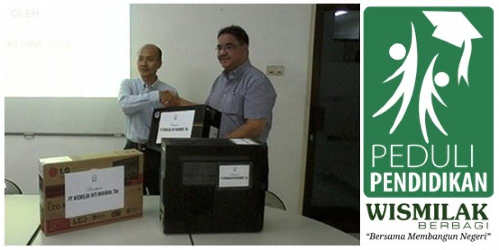 """""""Wismilak Berbagi"""" dan mendukung berdirinya Tax Center di Surabaya"""