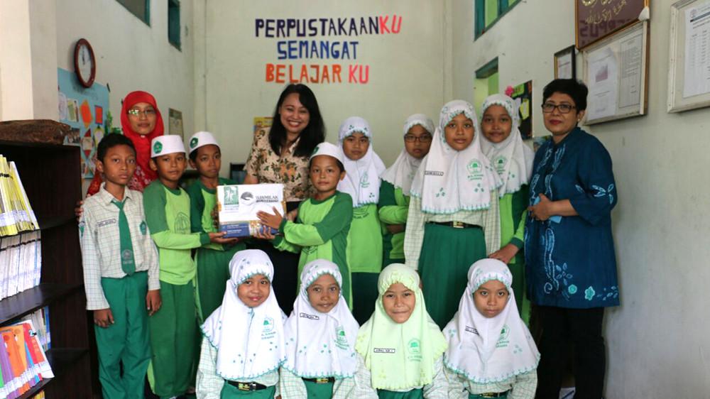 Peduli Pendidikan Buku Untuk Sekolah & Madarasah Surabaya