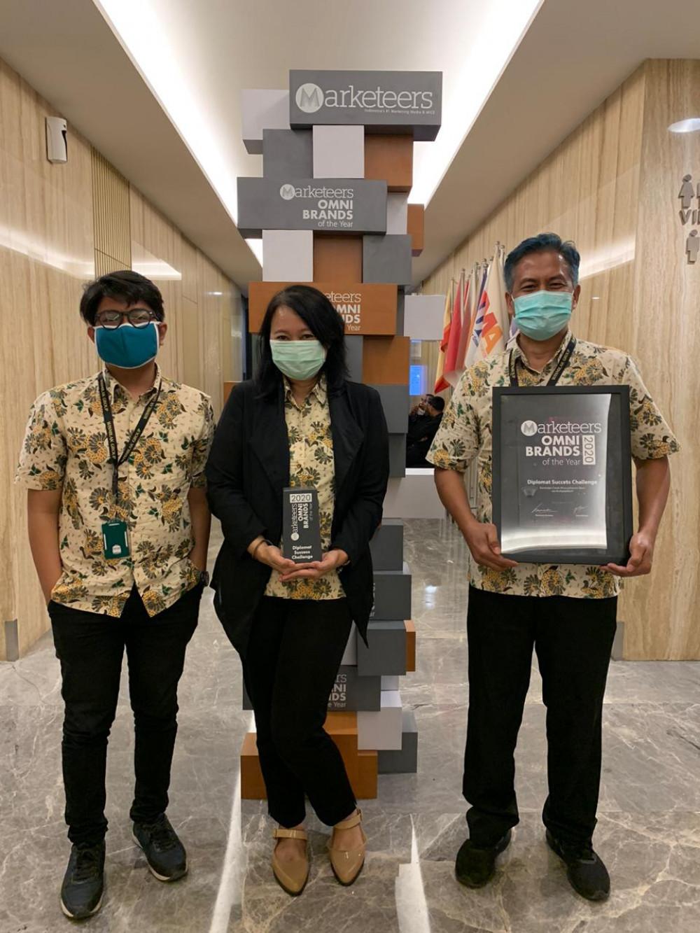 Diplomat Success Challenge Raih OMNI Brand of the Year 2020
